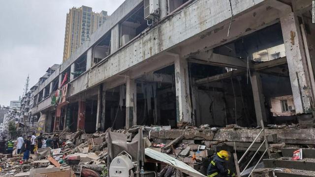 Trung Quốc: Nổ ống dẫn khí gas, hàng trăm người thương vong  - Ảnh 3.