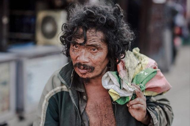 Cái nghèo biến cuộc đời của một người trở nên khốn khổ thế nào? Những câu chuyện dưới đây sẽ khiến bạn phải khắc cốt ghi tâm - Ảnh 4.
