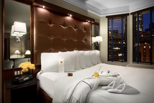 Bí mật viên kẹo chocolate nhân viên buồng phòng đặt trên giường của khách mỗi tối, hóa ra đó là cách chiều thượng đế không phải dạng vừa của các khách sạn 5 sao - Ảnh 6.