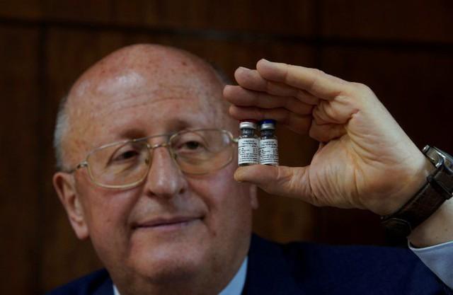 Nga thử nghiệm vaccine dạng xịt mũi dành cho trẻ em - Ảnh 1.