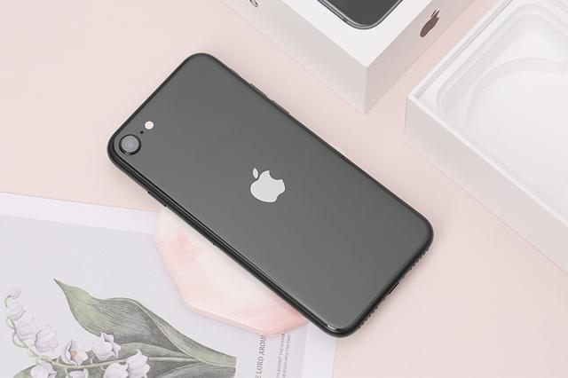 iPhone 12 Pro Max, Galaxy Note 20 Ultra, iPhone 11,... đồng loạt rớt giá mạnh - Ảnh 3.