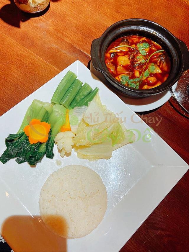 Chuỗi hủ tiếu chay của cặp vợ chồng startup thịt thực vật đầu tiên tại Việt Nam: Nổi tiếng nhất TP Mỹ Tho, ra đời từ năm 1992, có 4 cơ sở ở Sài Gòn - Ảnh 5.