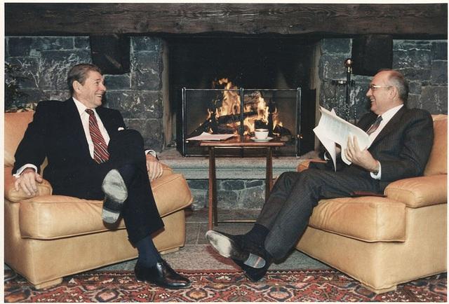 Thượng đỉnh Biden-Putin: Sếp lễ tân nhiều đời lãnh đạo Liên Xô và Nga dự báo đầy bất ngờ - Ảnh 1.