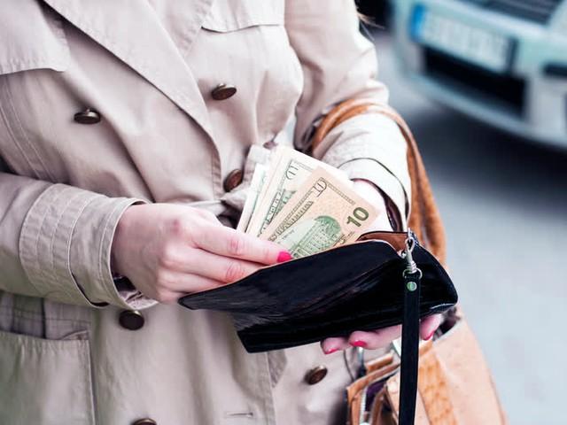 Tư duy quyết định đẳng cấp: Người giàu nhìn thấu 3 bẫy nghèo, còn số đông thất bại lại vô tư lao vào! - Ảnh 2.