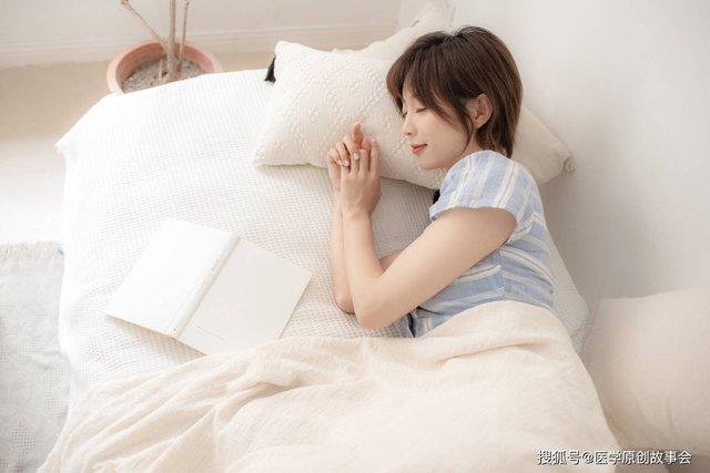 Những người có tuổi thọ ngắn sẽ có 6 đặc điểm chung trong giấc ngủ, sau 45 tuổi hãy cố gắng để không mắc phải điểm nào - Ảnh 1.