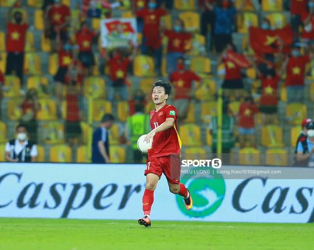Việt Nam chính thức vào vòng loại thứ 3 World Cup 2022: Chúng ta đã làm nên lịch sử! - Ảnh 1.