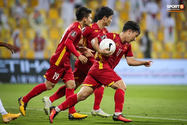 Thua một trận, thắng cả chiến dịch: Và lịch sử bóng đá Việt Nam vẫn đang được viết tiếp! - Ảnh 6.