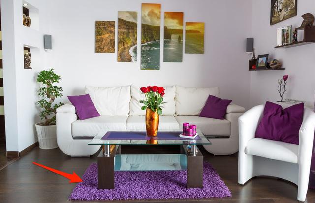 Chuyên gia thiết kế nội thất bắt lỗi 7 sai lầm trong thiết kế khiến phòng khách trở nên kém sang: Điều chỉnh 1 chi tiết nhỏ thôi cũng nâng tầm cho ngôi nhà của bạn - Ảnh 1.