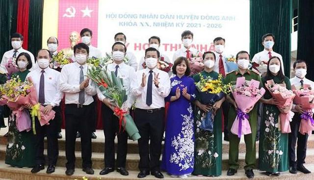 Ông Tạ Nam Chiến tái đắc cử Chủ tịch UBND quận Ba Đình  - Ảnh 2.