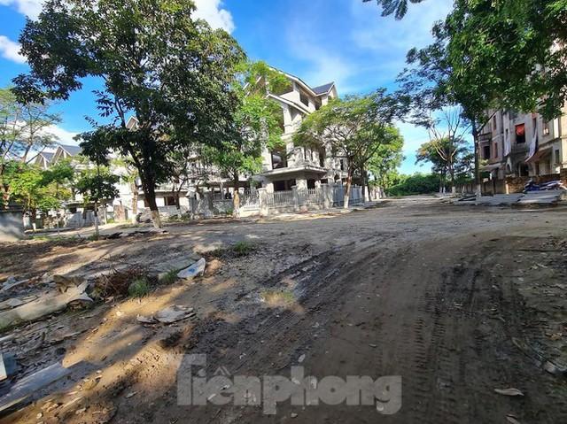 Tận thấy dự án du lịch biến thành khu toàn biệt thự để bán ở Hà Nội  - Ảnh 10.