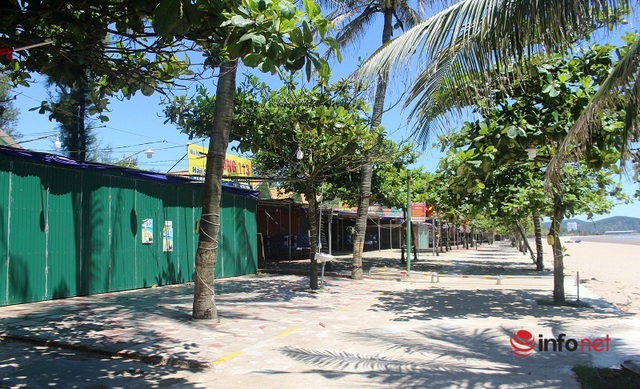 Mùa cao điểm du lịch, phố biển Cửa Lò vẫn vắng tanh, hải sản ế ẩm chưa từng có - Ảnh 4.