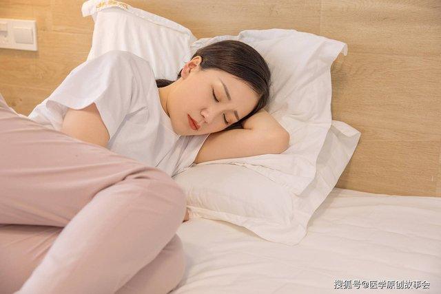 """Người """"giấu"""" cục huyết khối trong máu thường có 3 phản ứng này mỗi khi ngủ, không sớm điều trị thì đột quỵ nhất định sẽ tới  - Ảnh 2."""