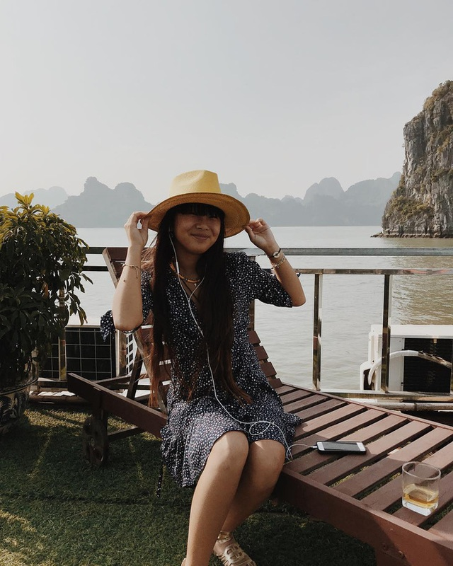 Em bé mồ côi Việt Nam được vợ chồng danh ca Pháp nổi tiếng nhận nuôi gây bất ngờ với cuộc sống và diện mạo sau 17 năm - Ảnh 19.