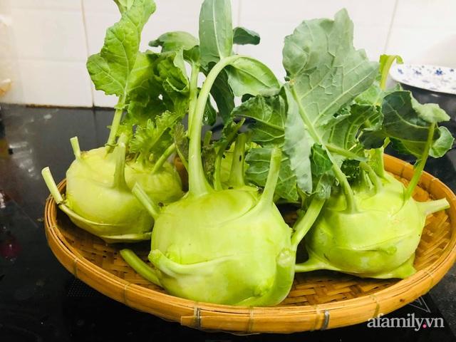 Khu vườn thạch sanh bội thu rau quả quanh năm trên sân thượng ở Sài Gòn - Ảnh 30.