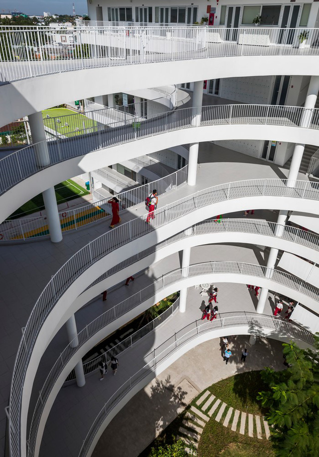 Tin nổi không, một ngôi trường học ở Tây Ninh có cảnh quan đẹp nín thở như resort cao cấp - Ảnh 5.