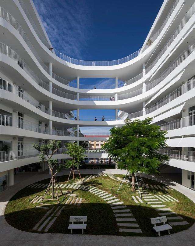 Tin nổi không, một ngôi trường học ở Tây Ninh có cảnh quan đẹp nín thở như resort cao cấp - Ảnh 6.