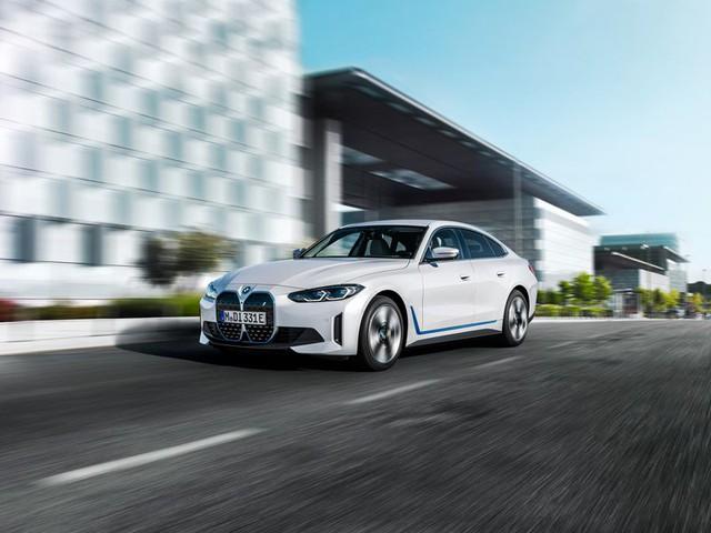 BMW i4 - chiếc sedan hạng sang chạy điện cả thế giới đang mong đợi? - Ảnh 3.