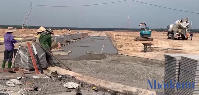 Loạt công trình hạ tầng xã hội Khu tái định cư dự án sân bay Long Thành đang thực hiện đến đâu? - Ảnh 1.