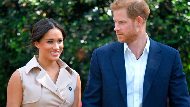 Meghan Markle vẫn có thể làm Công nương tự phong nếu bị lấy lại tước hiệu hoàng gia, hưởng lợi từ gia đình nhà chồng - Ảnh 1.
