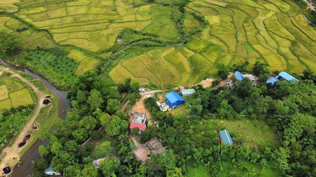 Giá đất chỉ vài triệu đồng mỗi m2, giới nhà giàu Hà Nội đang đổ xô đến nơi này săn quỹ đất lớn làm Farmstay - Ảnh 1.