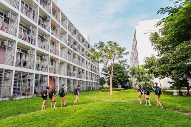 Đặt 2 hệ thống giáo dục bao trọn từ tiểu học đến đại học ở Việt Nam lên bàn cân: Khuôn viên đẹp như tranh vẽ, trải nghiệm học tập đỉnh cao, nhiều cơ hội việc làm sau khi tốt nghiệp, cạnh tranh một chín một mười! - Ảnh 19.