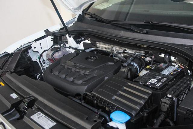 Xả hàng tồn, loạt ô tô hàng hot đang giảm giá hơn trăm triệu đồng - Ảnh 2.