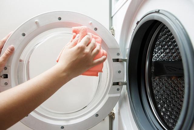 Máy giặt đời mới giảm giá sốc 50%, nhiều mẫu rẻ khó tin chỉ 6,4 triệu đồng - Ảnh 2.