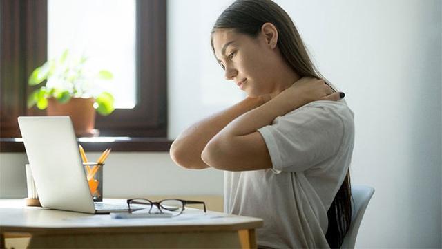 Đừng chủ quan trước đau mỏi vai gáy, vừa cản trở sinh hoạt lại còn là hồi chuông cảnh báo sớm 5 loại bệnh nguy hiểm sau - Ảnh 4.