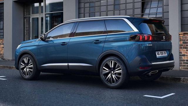 Peugeot 3008 và 5008 xả kho chờ bản mới: Giảm đến 150 triệu đồng, 5008 rẻ ngỡ ngàng so với Santa Fe - Ảnh 7.