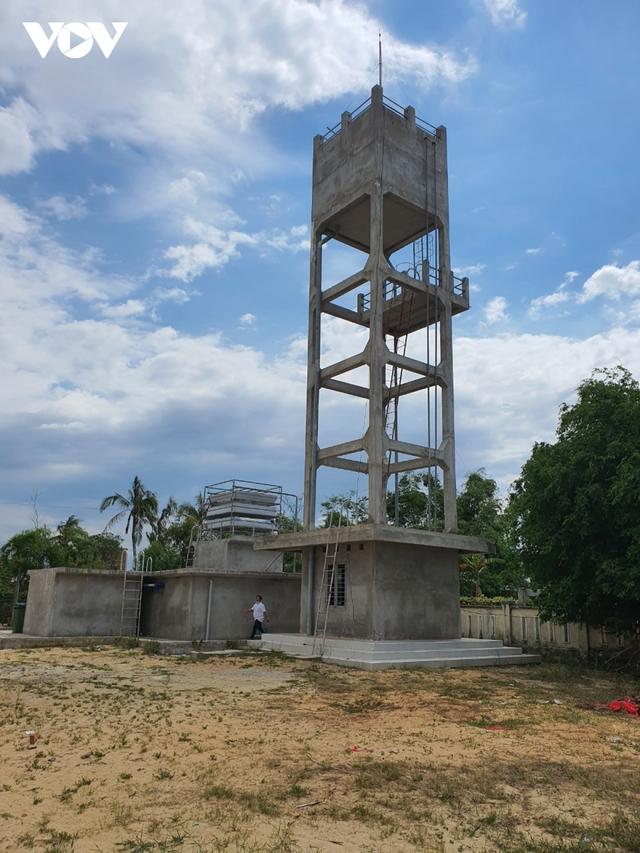 Công trình nước sạch tiền tỷ bị bỏ hoang, dân thiếu nước sinh hoạt  - Ảnh 1.