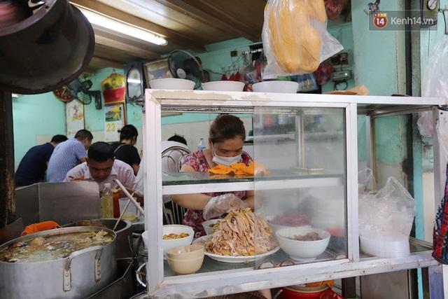 Hôm nay, ngày cả dân Hà Nội đi ăn phở - Ảnh 10.