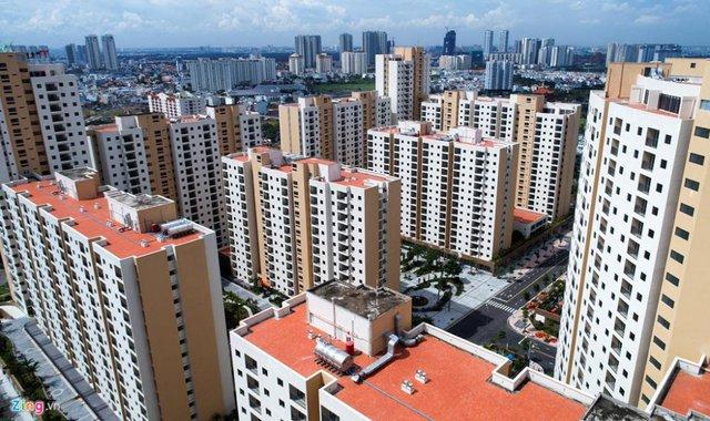 Giá thấp hơn 30% nhưng vì sao người mua lại thờ ơ với căn hộ dự án cũ mà đổ xô vào dự án mới? - Ảnh 1.
