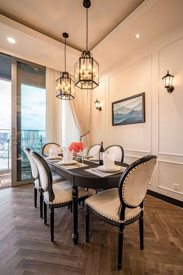 Căn hộ Indochine ăn điểm với cách phối màu cực tinh tế, phòng ngủ chuẩn khách sạn 5 sao với view đỉnh - Ảnh 11.