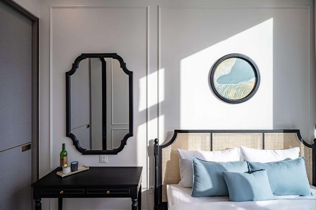 Căn hộ Indochine ăn điểm với cách phối màu cực tinh tế, phòng ngủ chuẩn khách sạn 5 sao với view đỉnh - Ảnh 15.