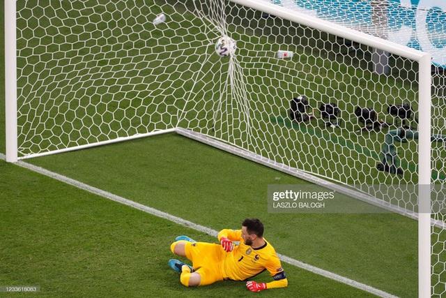 Bảng tử thần kết thúc trong cuộc rượt đuổi nghẹt thở, Ronaldo đi vào lịch sử bóng đá thế giới - Ảnh 3.