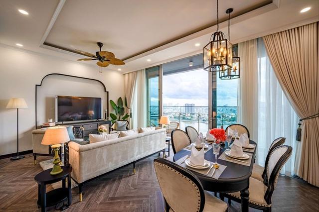 Căn hộ Indochine ăn điểm với cách phối màu cực tinh tế, phòng ngủ chuẩn khách sạn 5 sao với view đỉnh - Ảnh 4.