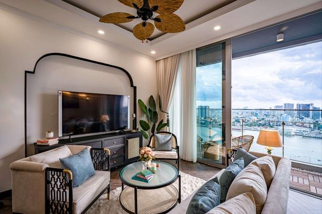 Căn hộ Indochine ăn điểm với cách phối màu cực tinh tế, phòng ngủ chuẩn khách sạn 5 sao với view đỉnh - Ảnh 5.