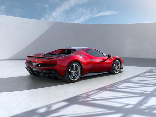 Ferrari tung siêu xe 296 GTB 2022: Động cơ V6 hybrid mạnh 819 mã lực, giá 321.000 USD - Ảnh 2.