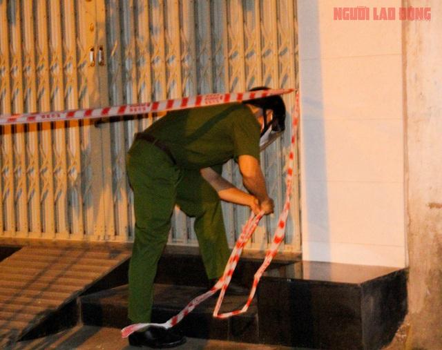 Hình ảnh nội bất xuất, ngoại bất nhập ở 6 địa điểm tại Hóc Môn đêm 25-6  - Ảnh 2.