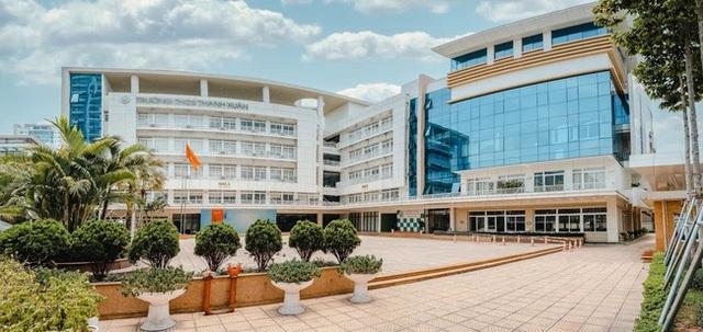 Trường cấp 2 có đến 57 học sinh đỗ THPT chuyên: Khoảng 1/3 đỗ 2 trường với các môn chuyên khác nhau, trong đó có 2 thủ khoa - Ảnh 1.