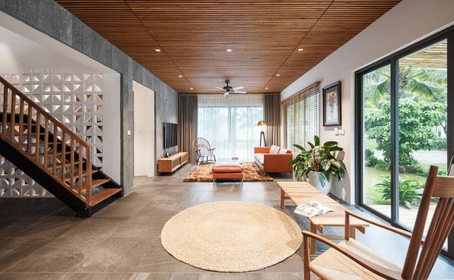 Nhà liền kề ở Ecopark: Diện tích 78m2 nhưng rộng rãi chẳng kém villa, thiết kế tối giản nhưng vẫn đầy cá tính  - Ảnh 2.