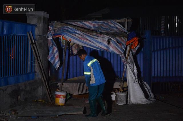 Nước mắt những công nhân thu gom rác bị nợ lương ở Hà Nội: Con nhỏ nghỉ học vì xấu hổ, người bị cụt chân mò mẫm trong rác - Ảnh 21.