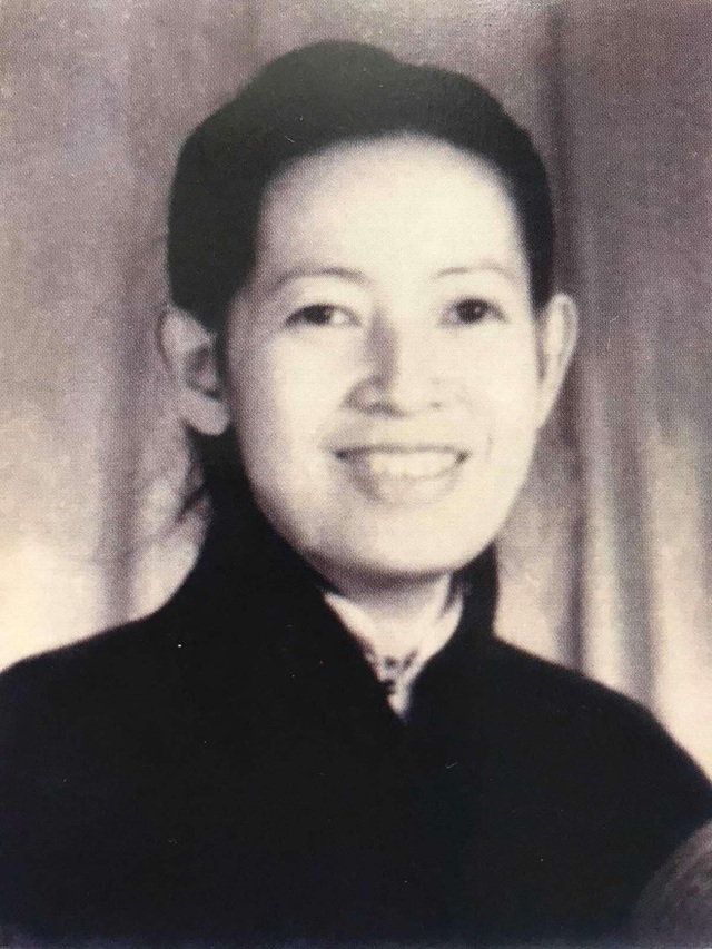 Hoa hậu Hà Kiều Anh hé lộ gia thế khủng: Là công chúa đời thứ 7, cháu vua chúa, Hà Tăng và dàn sao thốt lên điều này  - Ảnh 3.