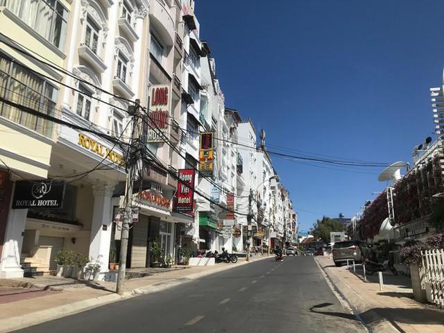 Hơn 1.000 khách sạn, khu du lịch ở Đà Lạt đóng cửa - Ảnh 3.