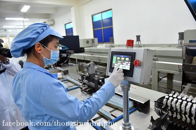 Việt Nam chuẩn bị bước vào chiến dịch tiêm chủng lớn nhất lịch sử: 150 triệu bơm kim tiêm sẽ do một thành viên thuộc T&T Group của Bầu Hiển tài trợ - Ảnh 5.
