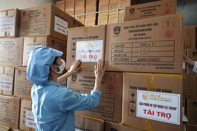 Việt Nam chuẩn bị bước vào chiến dịch tiêm chủng lớn nhất lịch sử: 150 triệu bơm kim tiêm sẽ do một thành viên thuộc T&T Group của Bầu Hiển tài trợ - Ảnh 7.