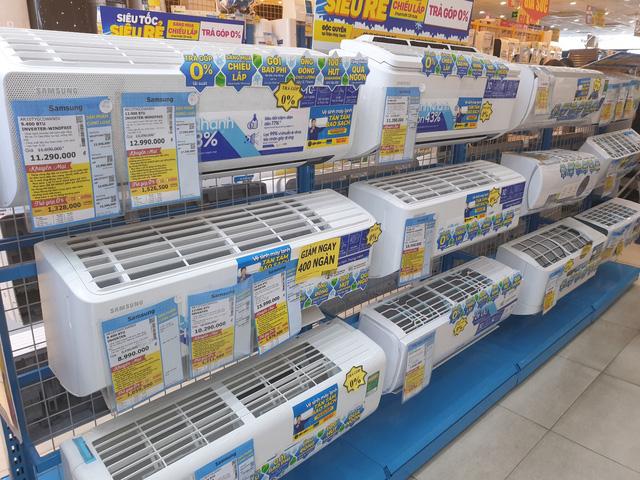 Chuyện lạ trên thị trường điện lạnh: Điều hòa đời mới đua giảm giá, chỉ 6 triệu đồng đã có thể mua dòng tiết kiệm điện - Ảnh 1.