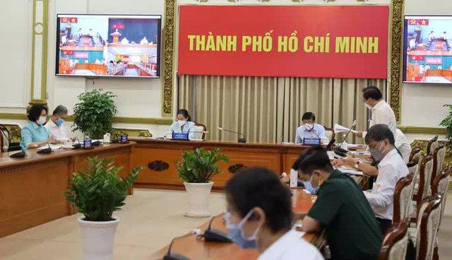 Bí thư Thành ủy TP HCM: Mở chiến dịch cao điểm truy vết, xét nghiệm tìm F0  - Ảnh 1.