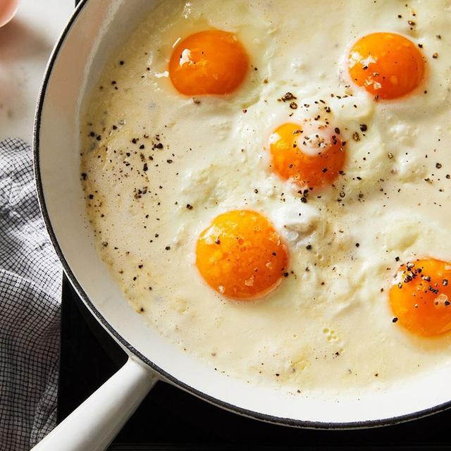 4 điều kiêng kỵ khi ăn trứng vào bữa sáng nhiều người mắc phải, không những làm mất chất dinh dưỡng mà còn có thể gây hại cho sức khỏe - Ảnh 3.