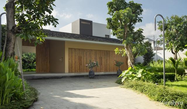 Gia đình 3 thế hệ với cuộc sống an yên trong ngôi nhà rợp mát bóng cây ở ngoại ô Sài Gòn - Ảnh 4.